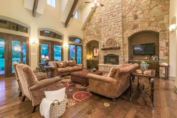 800 Dripping Springs Ranch Road